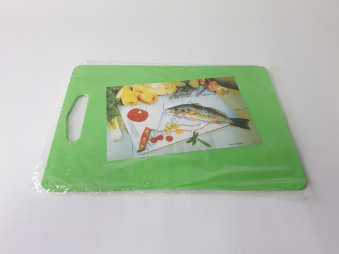 Доска разделочная пластмассовая 33*23 cm, t=0,4 cm.