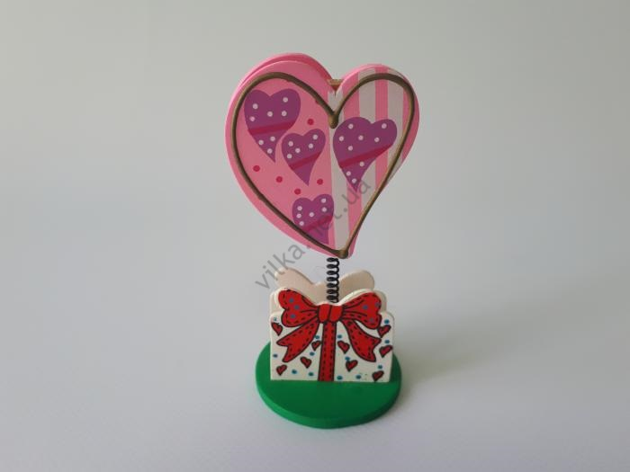 Визитница деревянная Сердце h 10,5 см.