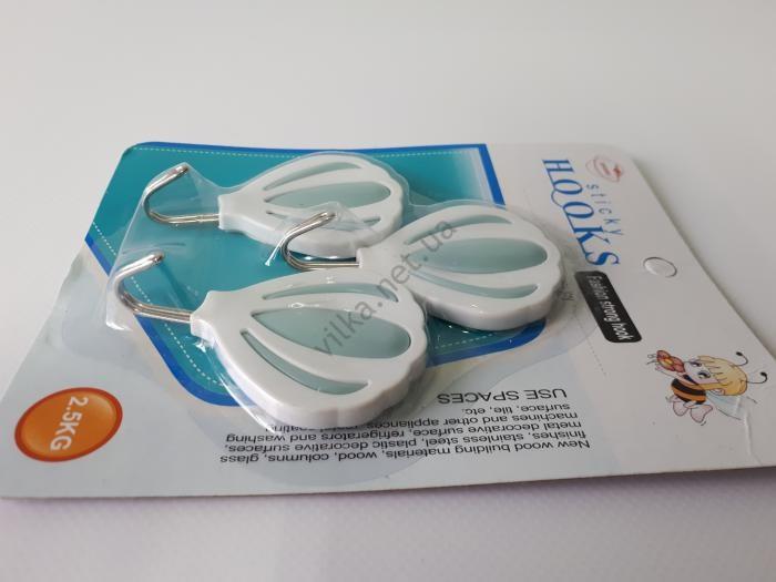 Крючки пластмассовый в наборе из 3-х