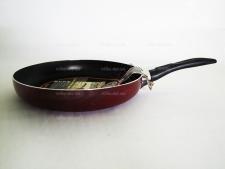 Сковорода тефлоновая  30 см.