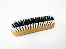 Щётка для одежды с деревянной ручкой