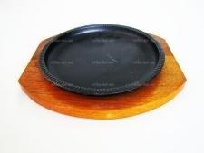Форма чугунная на деревянной подставке круглая  21 х 2