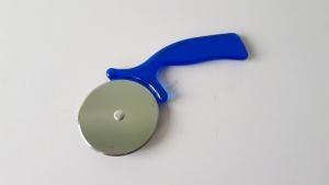 Колесо кондитерское с пластмассовой ручкой 16 см.