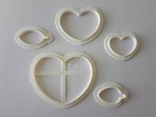 Вырубка кондитерская пластмассовая  Сердце (3)+Листик (2)