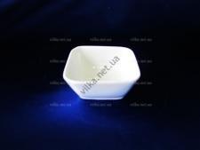 Розетка керамическая белая квадратная выс. 3 см.  д. 7,5 см.