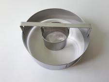 Форма нержавеющая кондитерская со втулкой Круг d 15 cm; d 5,5 cm