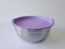 Миска нержавеющая матовая, с пластмассовой крышкой d 24 cm, h 11,5 cm. (3.1 л.)