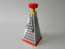 Тёрка Пирамида нерж+пластм 4-х гр., h 25 см